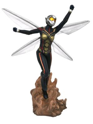 Vinyl Statues--Ant-Man and the Wasp - The Wasp PVC Gallery Diorama