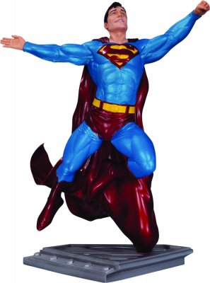 DC Comics--Superman - Man of Steel Statue by Gary Frank